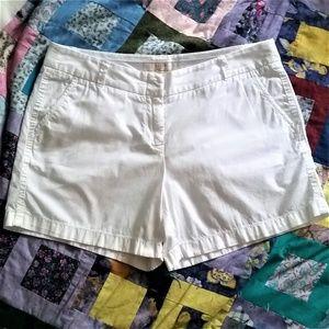 """2/$20 J. Crew White 5"""" Broken In Chino Shorts"""